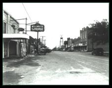 old-main-street-grapevine-three