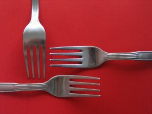 metal-forks-1566646-1280x960